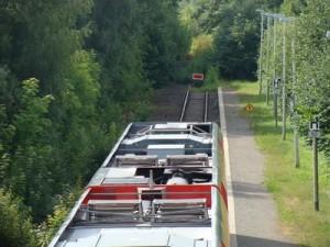 So endet die Strecke heute aus nördlicher Richtung am Haltepunkt Korbach-Süd. Das rotweise Schild wird auch hier alsbald verschwinden.