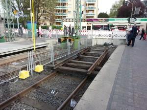 Das Stumpfgleis der Endstation Ginnheim der Linien U1 und U9, auf welchem der Zug am 05.04. nicht zum stehen kam.