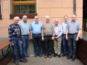 Der am 17.05.2014 in Fulda gewählte Landesvorstand von PRO BAHN Hessen e.V. - von links: Hermann Hoffmann, Dr. Gottlob Gienger, Michael Alfter, Werner Filzinger, Helmut Lind, Thomas Schwemmer und Thomas Kraft.