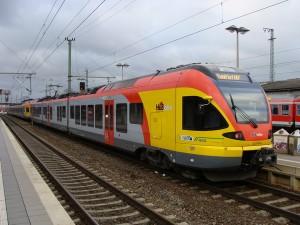 Der Main-Lahn-Sieg-Express. Er hält nun nicht mehr zwischen Gießen und Marburg.