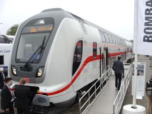 Das ist die Zukunft des Intercity-Verkehrs (IC), ein Prototyp des Doppelstock-Zuges, mit dem die Deutsche Bahn mittelfristig alle IC-Linien bedienen will.