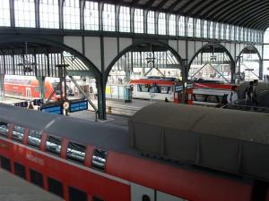 Der Hauptbahnhof in Darmstadt. Werden unter diesem Dach in einigen Jahren oftmals täglich ICE halten?