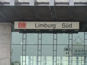 Trifft es in der Dom- und Kreisstadt Limburg auch sogar den ICE-Bahnhof? Wird man auch hier vergeblich einen Fahrkartenschalter suchen?