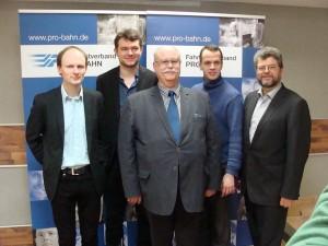 Der am 12.03.2016 in Neubrandenburg neu gewählte Bundesvorstand des Fahrgastverbandes PRO BAHN (von links): Marcel Drews, Lukas Iffländer, Detlef Neuß, Stefan Barkleit, Jörg Bruchertseifer.