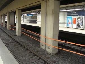 Trassenband in der Gleisanlage in Frankfurt am Main im Innenstadttunnel an der Hauptwache. Über die Sommerferien vom 16.07. bis 26.08. fährt hier kein S-Bahn-Zug.