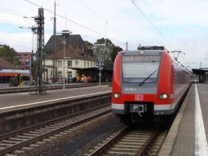 Der Bahnhof in Friedberg - so wie hier auf dem Bild war ab dem 05.02. nachmittags erstmal Schluss. Die S-Bahnen der S 6 fuhren fortan nur noch bis Nieder-Wöllstadt.